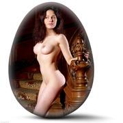 http://img206.imagevenue.com/loc153/th_127418337_EasterEggs_040410_038l_123_153lo.jpg