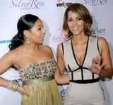 th_60800_Halle_Berry_2009_Jenesse_Silver_Rose_Gala_Auction_in_Beverly_Hills_111_122_186lo.jpg
