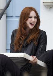 Карен Гиллан, фото 134. Karen Gillan - On The Set Of Doctor Who In Cardiff - 4/5/12, foto 134