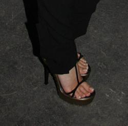 Sexy Celebrity Legs &a...
